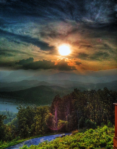 sunset house mountain lake hdr lure 3gs iphone photomatix iphone3gs