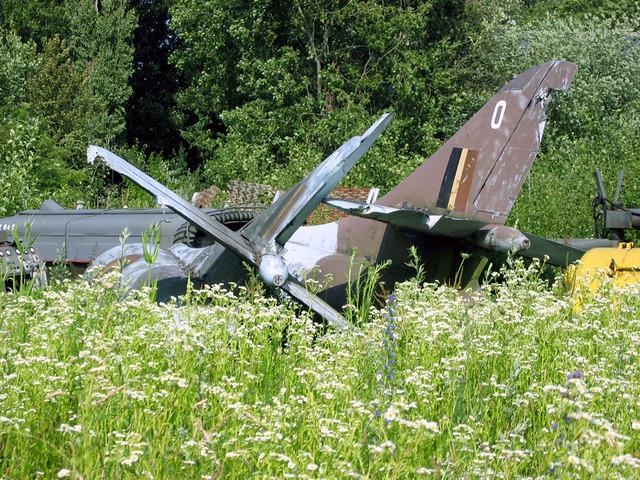 Belgian AF Hawker Hunter parts | Beauvechain, Belgium, 2004 … | Flickr