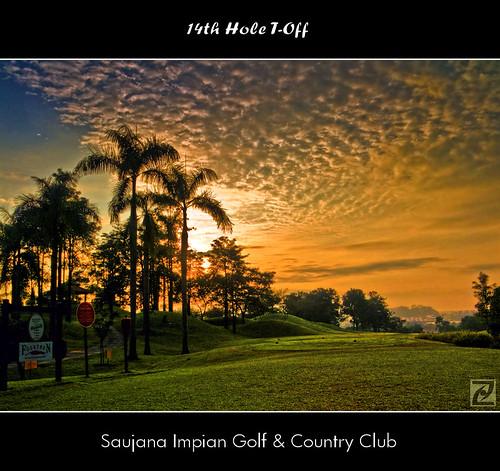 trees sky green clouds sunrise golf dawn palm course malaysia fujifilm hdr kajang selangor toff picturenaut saujanaimpian s100fs