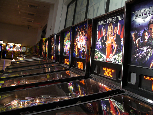 Pinball Hall of Fame - new machine row