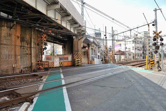 Kanasugi Crossing
