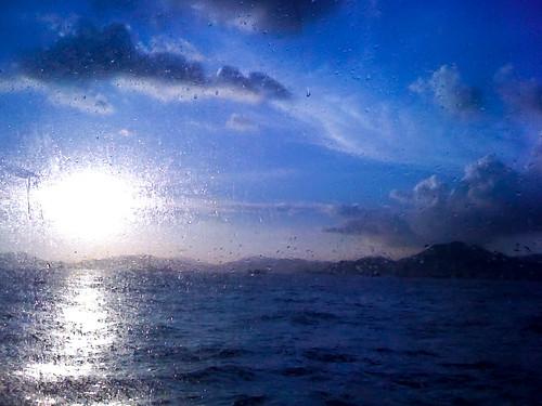 blue sunset window ferry hongkong harbour splash iphone3g jonnoj jonbinalay