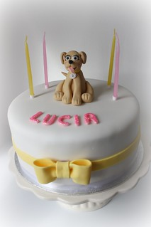 Cool Lucias Labrador Pup Birthday Cake The Day Before The New Flickr Funny Birthday Cards Online Unhofree Goldxyz