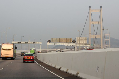 Crossing the Ma Wan viaduct towards the Tsing Ma Bridge