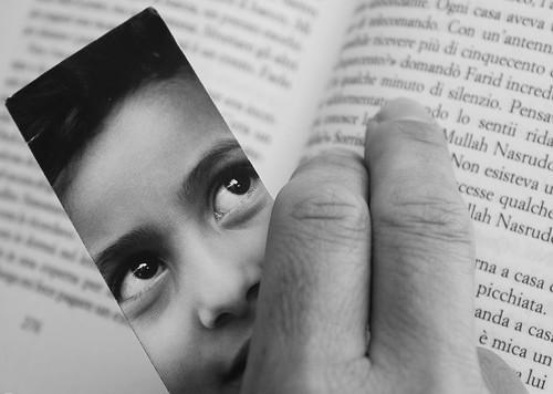 "bw eyes hand occhi cisco mano thailandia bianconero krabi bookmark segnalibro photographia thekiterunner ilcacciatorediaquiloni thesuperbmasterpiece ""photographia"" giugno2009 khakedhosseini luglio2011challengewinnercontest"