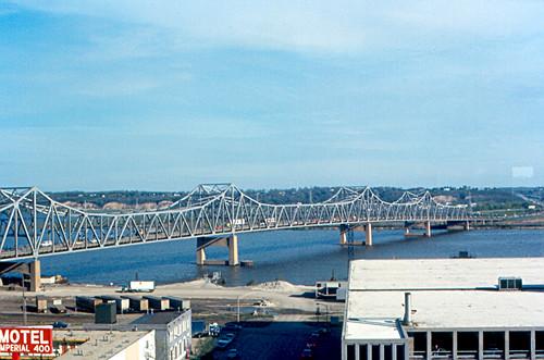 bridge geotagged illinois caterpillar interstate 1973 peoria parkingdeck illinoisriver murraybakerbridge i74 eastpeoria worldheadquarters murraybaker peorialake administrationbuildilng
