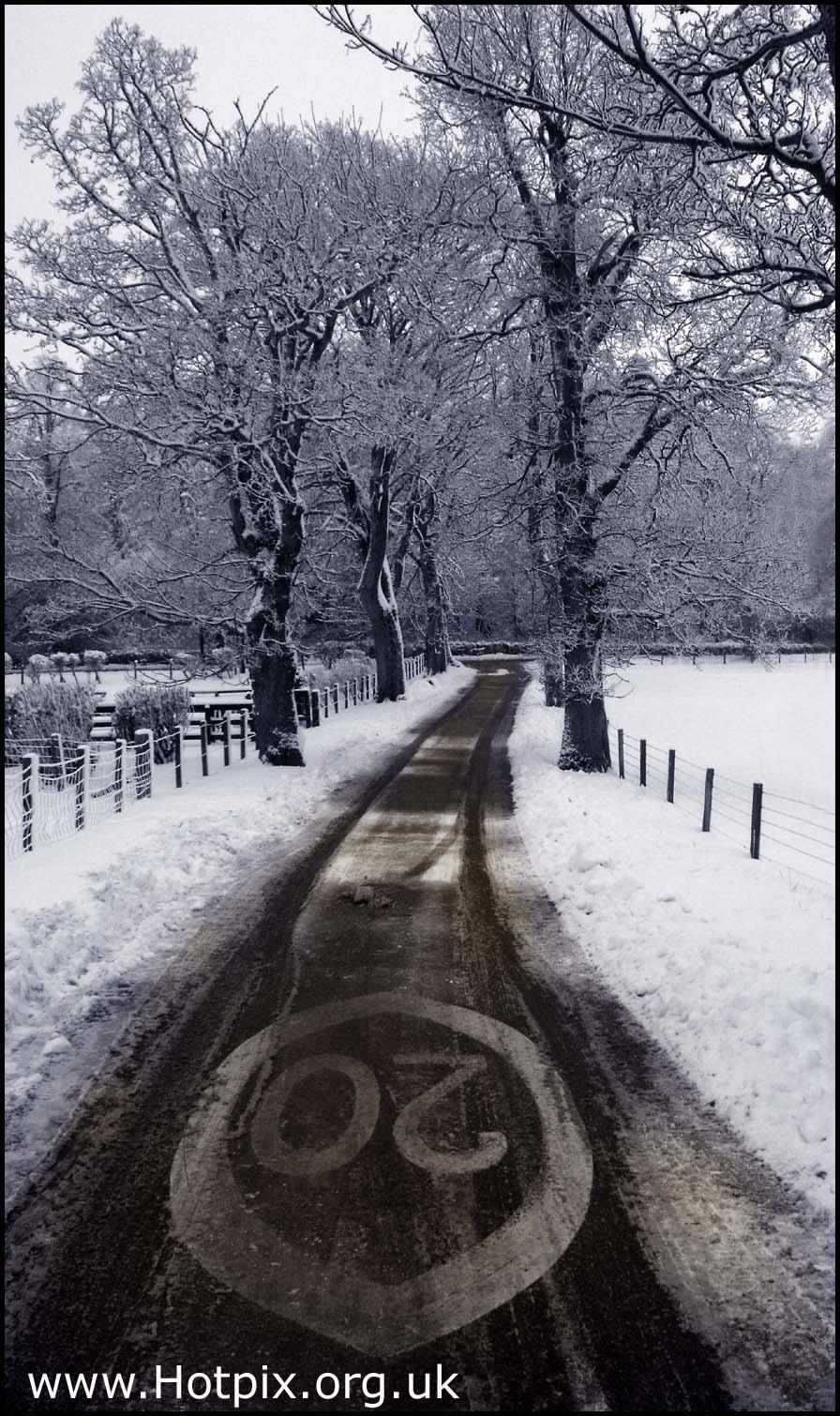 Lamington,Village,Scotland,Borders,Scottish,Lanarkshire,upper,ward,Clyde,UK,Strathclyde,snow,snowy,weather,winter,wintery,december,Xmas,Christmas,conditions,twenty,sign,20,20sign,MPH,Black,white,monochrome,sepia,selective,colour,Schotland,l'Ecosse,Ecosse,Schottland,\u03a3\u03ba\u03c9\u03c4\u03af\u03b1,la,Scozia,\u30b9\u30b3\u30c3\u30c8\u30e9\u30f3\u30c9,\uc2a4\ucf54\ud2c0\ub780\ub4dc,\u0428\u043e\u0442\u043b\u0430\u043d\u0434\u0438\u044f,Escocia,\u96ea,sneeuw,neige,Schnee,\u0441\u043d\u0435\u0436\u043e\u043a,nieve,B/W,mono,partial,mixed,color,highway,road,selectivo,couleur,s\u00e9lective,vorgew\u00e4hlte,Farbe,edinbrugh,hotpix!
