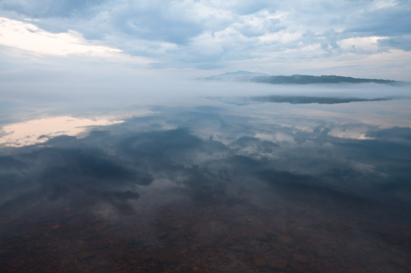 Hedeviken: Lake reflections 1