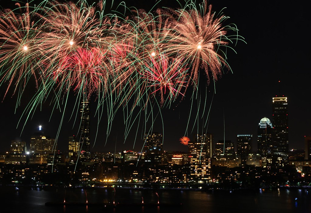Fireworks - Boston by jiangning