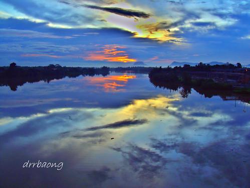 blue sunset river sarawak malaysia kuching senja biru sungai satok sungaisarawak 100commentgroup mygearandmepremium mygearandmebronze mygearandmesilver mygearandmegold mygearandmeplatinum