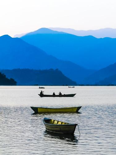 travel nepal winter sunset people favorite lake water canon boats outdoors evening boat asia best backpacking rowing nepalese np pokhara 5star nepali phewalake fewalake phewatal westernregion