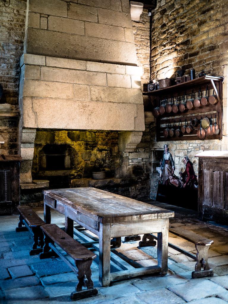 Table Banc De Cuisine cuisine du château | château de kerjean - saint vougay - fin