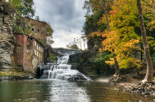 autumn ny newyork fall abandoned water river lunch waterfall nikon wells falls foliage ithaca hdr highdynamicrange d300 photomatix businessmans businessmanslunch