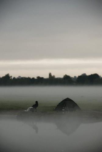 light mist fish port sunrise river landscape fishing fisherman nikon north meadow tent oxford d80