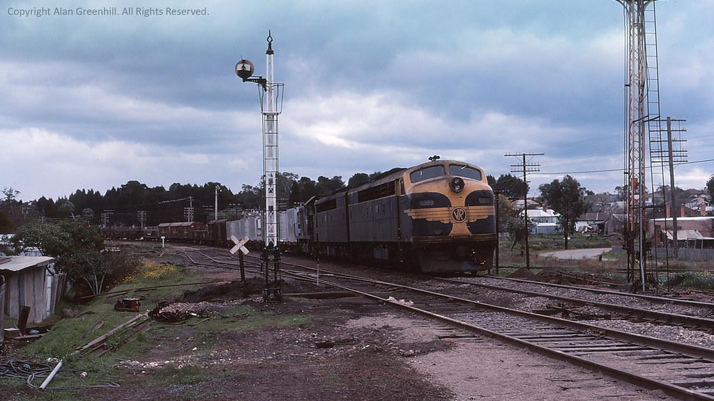 S309 Stawell 1977 by michaelgreenhill