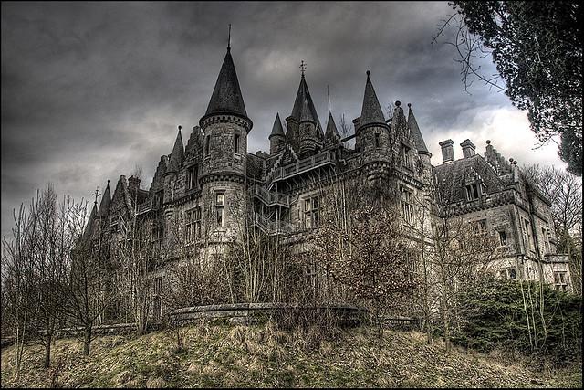UE Château of the Château's...