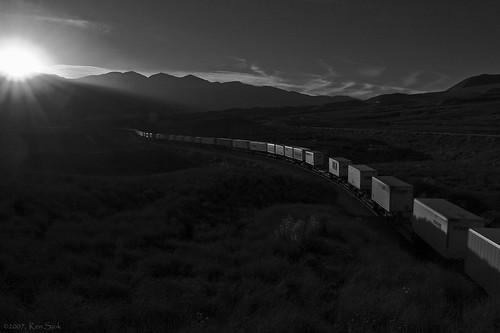 trains sunsets sunset socal sbcusa cajonpass railroads outdoors mountains lowlight kenszok canondslr canon california cajon blackandwhite betterinblackandwhite alltrains