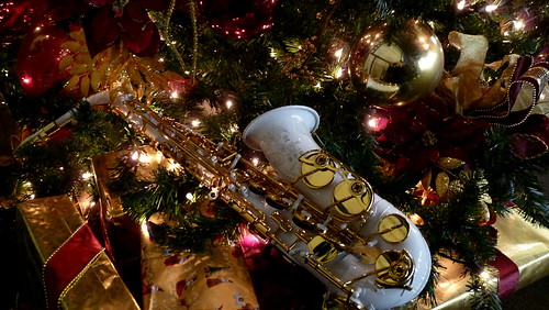 WHITE Yamaha Custom 875 Alto Sax for Christmas | by Papa Sax