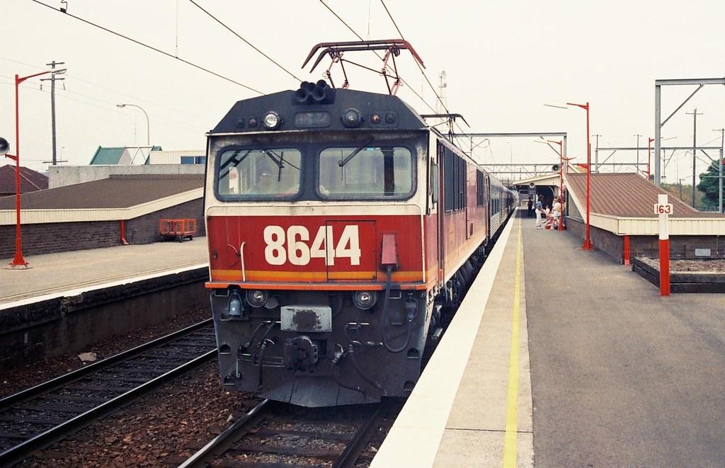 046-22 1991-01-15 8644 on NE35 at Broadmeadow by David Johnson