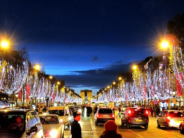 Illumination des Champs Élysées
