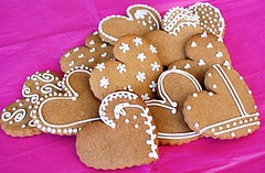 Gingerbread Hearts More Gingerbread Cookies For The Festiv Flickr