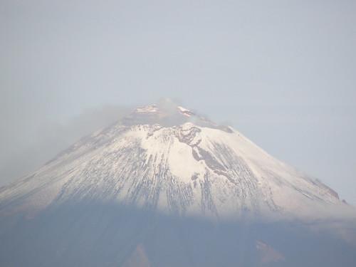 P9220011 Volcán Popocatepetl vista desde oficina corporativa ORP Puebla por LAE Manuel Vela