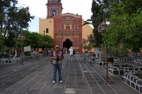 DSC00094 Fachada de la Iglesia de Tonanzintla por LAE Manuel Vela
