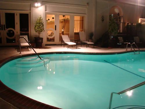 Montecito Inn 102409Sa