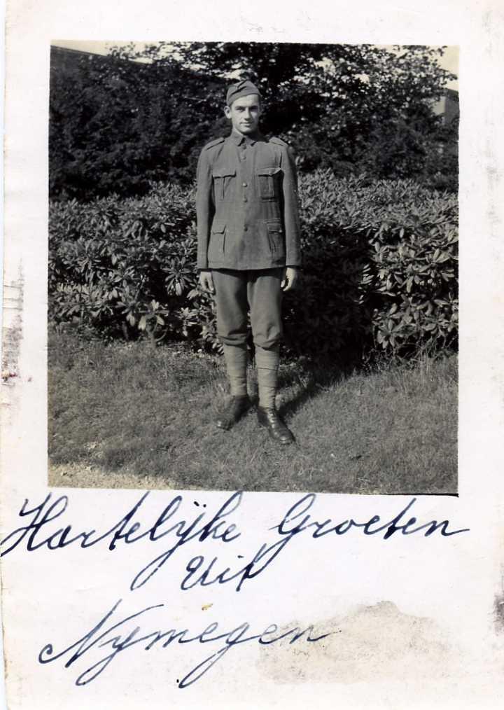 Leendert (Leen) van der Groef (1916 - 1943) , near the Verplanke kazerne/barracks in Nijmegen in the Netherlands , where he had his training as a sergeant , working for the KNIL , the former Royal Dutch Indies Army  (appr. 1937)  -  zijn levensverhaal