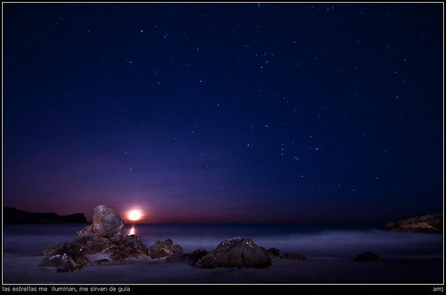 las estrellas me  iluminan, me sirven de guía