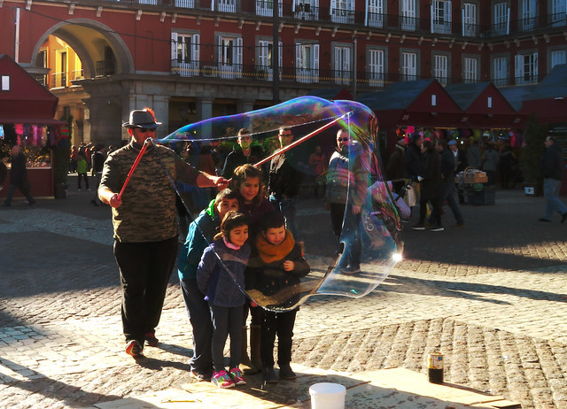 The Bubble Man in Plaza Mayor, Madrid (2016)