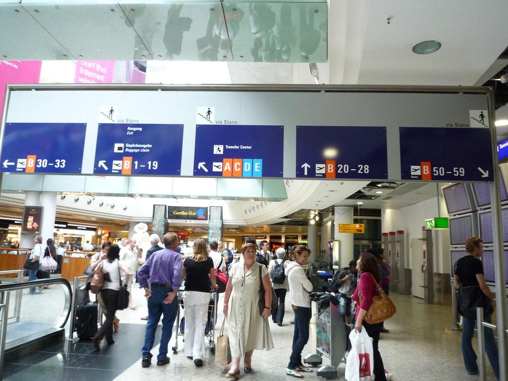 Frankfurt Airport - Terminal 1 Pier B Central Area Level 2