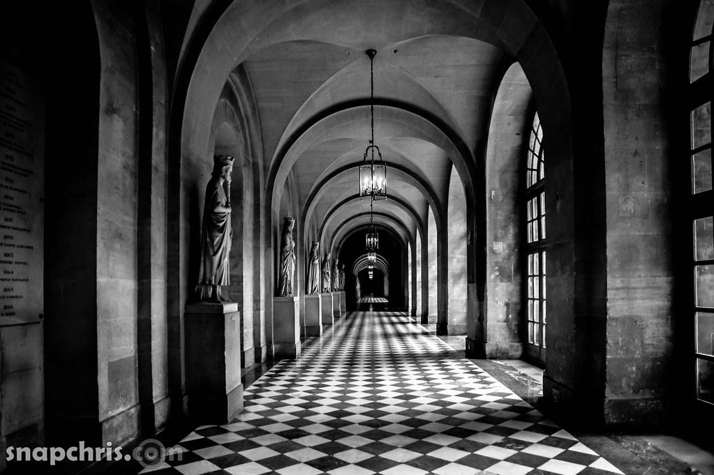 Paris Palais de Versaille Hallway