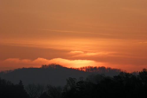 morning sky sun sunrise landscape dawn twilight northcarolina marion sunup daybreak morningsky firstlight tadsunrise sunrisedaily