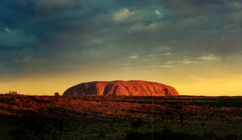Uluru, conocida como Ayers Rock, en Australia.