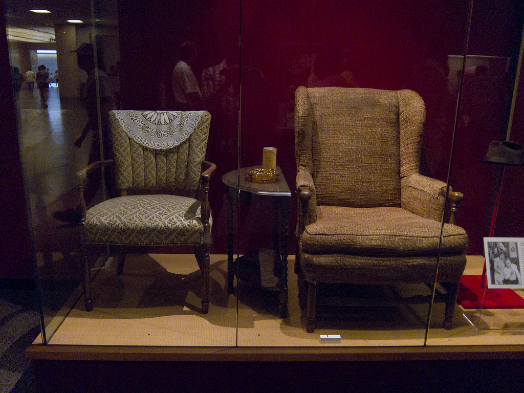 Archie Bunker S Chair Adrian Mojica Flickr