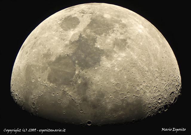 Una Luna speciale