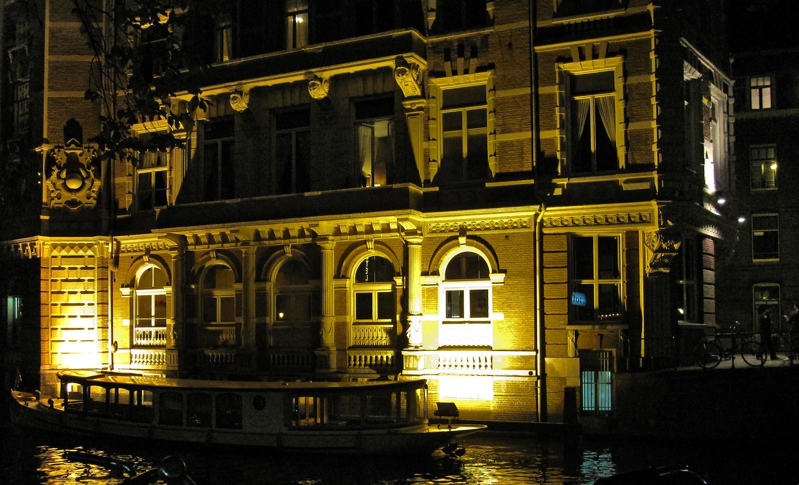 Amsterdam 439