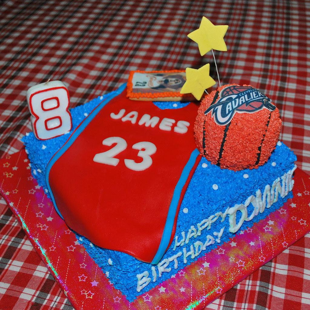 Groovy Lebron James Cake Liza Flickr Funny Birthday Cards Online Necthendildamsfinfo
