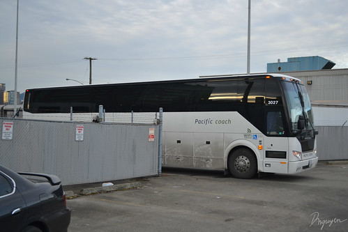 Pacific Coach Lines Prevost H3-45 #3027-2 | by Dannny29