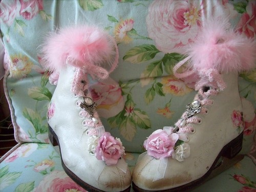 christmas,holiday,shabby,cottage,roses,chic,pair ice skates 4 | by stephanies cottage!
