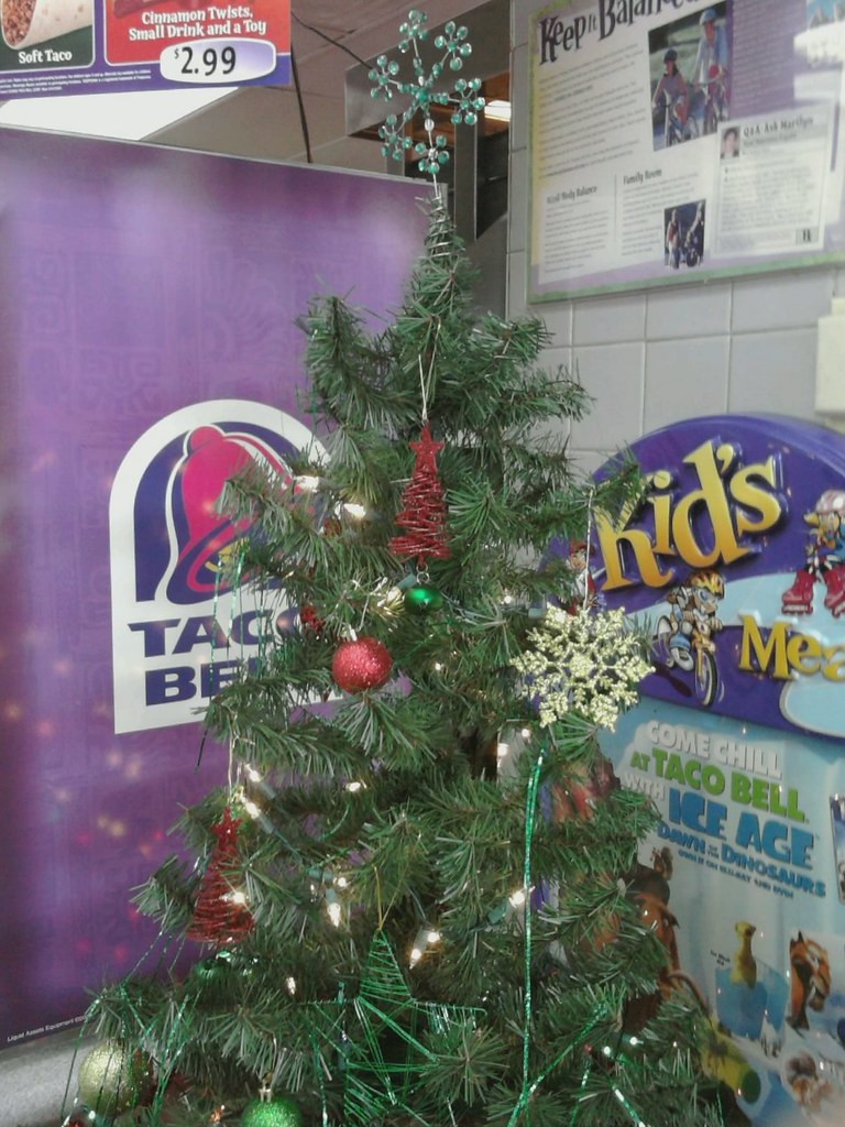 Is Taco Bell Open On Christmas.Taco Bell Christmas Waynesville Nc Jacob Flickr
