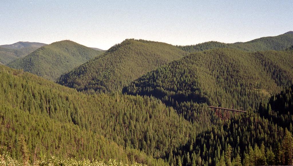 5818850219 99b78f6678 b - Electric Railroad through the Rockies
