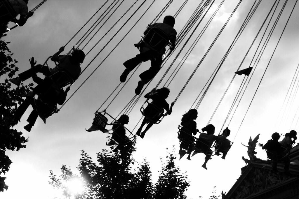 hanging around ( #cc )