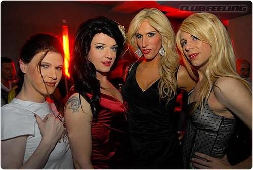 этом фото трансвеститов с вечеринок перенесла заболевание, вследствие