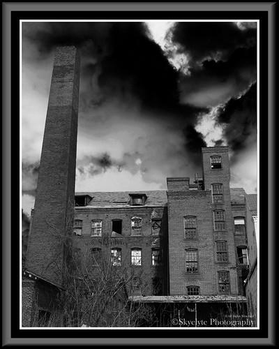 city windows roof sky urban brick tower abandoned architecture blackwhite dangerous factory decay grunge creepy spooky porch slate hazardous dingy manufacturing slateroof waterburyclockcompany waterburyclockcompanywaterburyct