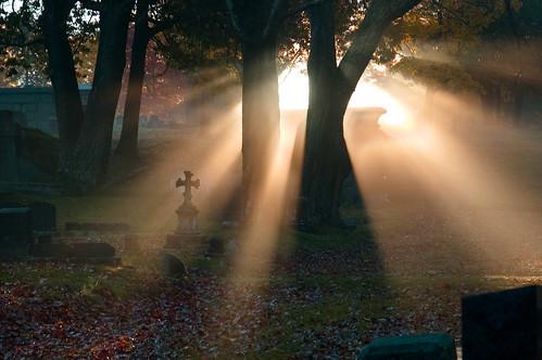 cemetery sunrise cross meetup sunrays evergreencemetery bdp:places=maine