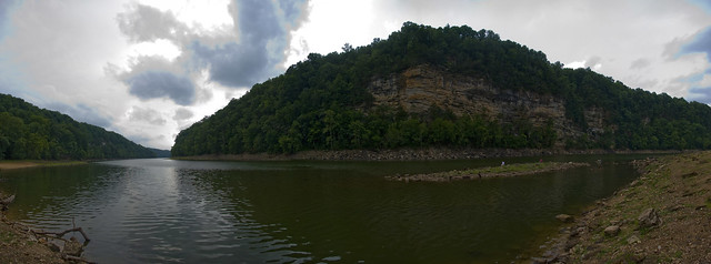 Bluffs, Rock Island, Warren Co, TN