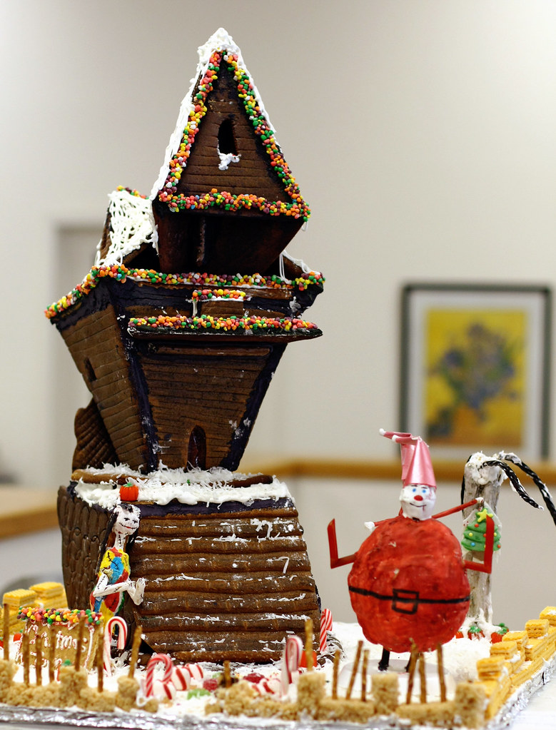 Nightmare Before Christmas Houses.Nightmare Before Christmas Gingerbread Houses From The 200