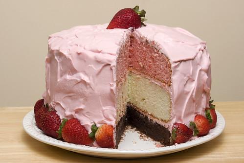 cake strawberry icing neapolitan neapolitancake ghholt strawberrymascarponeicing